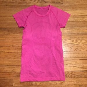Lululemon pink workout s/s shirt - sz 6